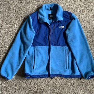 Blue North Face jacket (M)